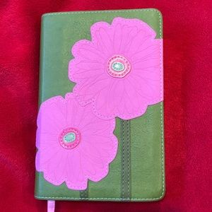 NIV Study Bible Bloom Collection pink green floral